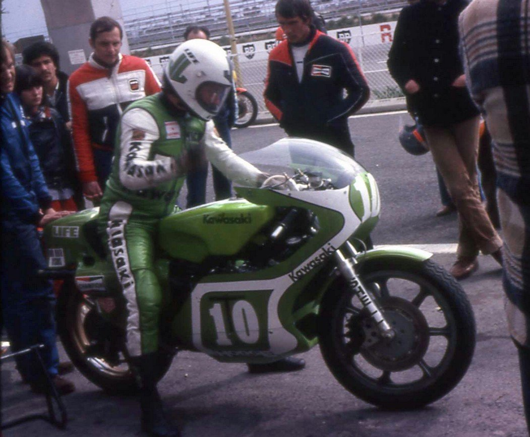 kawa002mickgrant.jpg